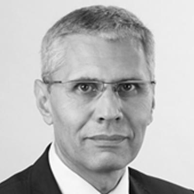 https://owc.de/wp-content/uploads/2020/07/Ljubomir_Karadshow-scalia-person.jpg
